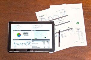 googleアドセンスのレポートの見方を覚えて自身ブログを評価